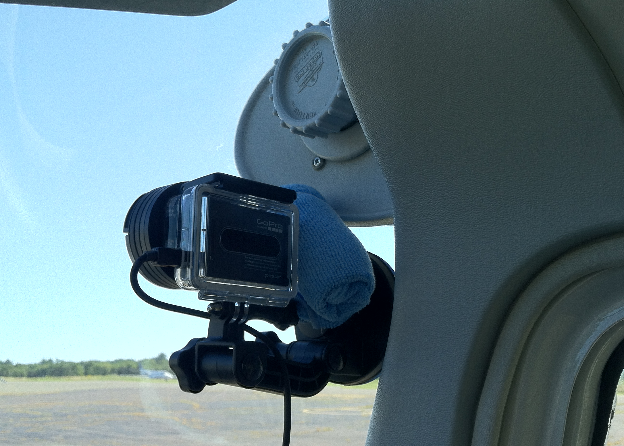 Mounting gopro to aircraft